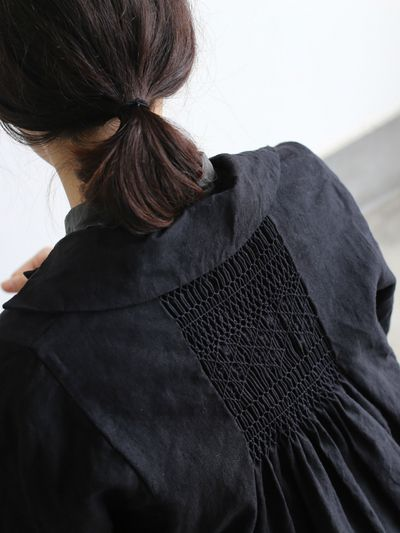 Smocking - jacket with smocked back detail - fabric manipulation; creative sewing ideas // Arts & Science SS12