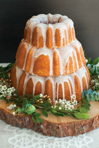 Create a beautiful Bundt cake display for your next special event or wedding.