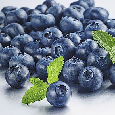Blueberries help your body feel full for longer. | Trying to lose weight? Incorporate these healthy weight loss foods into your diet to burn more calories and shed pounds. | Health.com