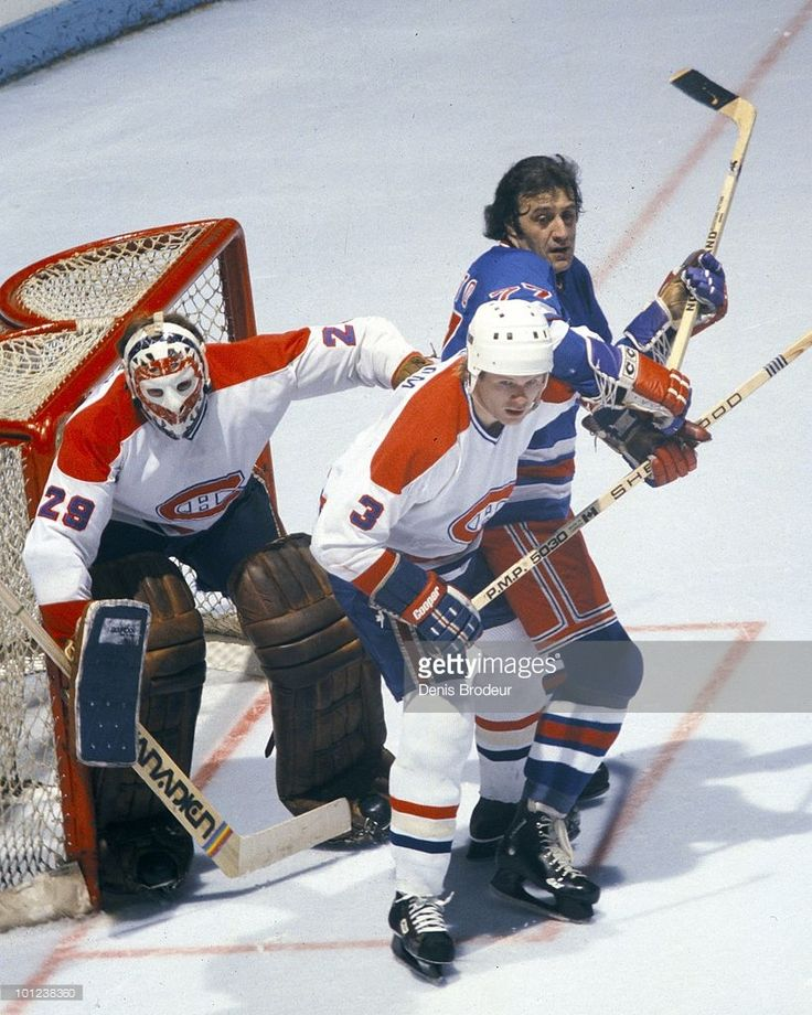 s-brian-engblom-of-the-montreal-canadiens-helps-to-protect-the-net-picture-id101238360 (819×1024)