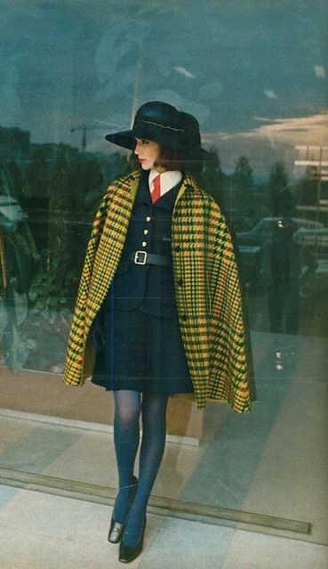 1968 straight into 2018! This look still works on so many levels. Plaid is making a cool resurgence alone with tailored belting.