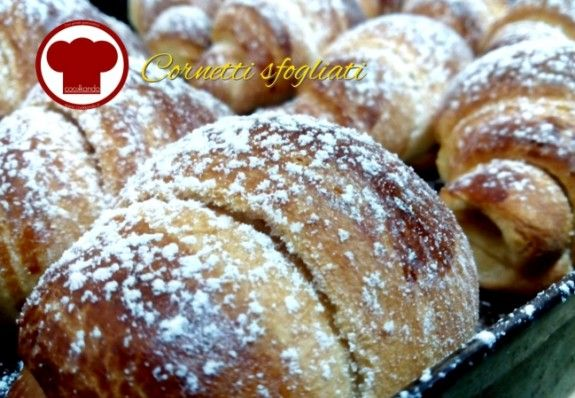 Cornetti sfogliati - Ricette - Cookkando In Cucina Facile FacileRicette – Cookkando In Cucina Facile Facile