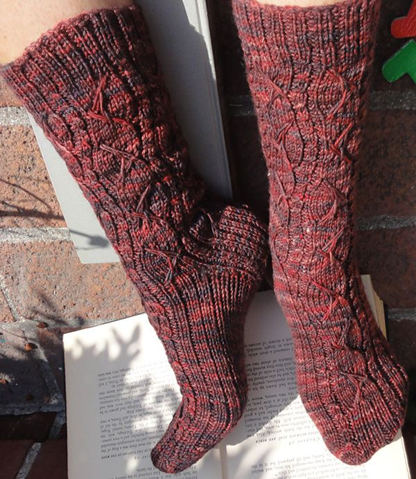 You can call me Al sock by Yavanna Reynolds on Knitty.com Deep Fall 2012.  I love the treatment of the calf part, but the sole is amazing. Yup, gonna make these!
