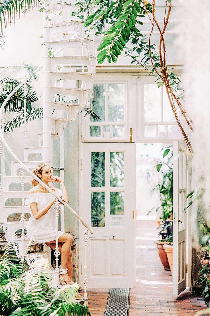 New blog post shot in Kaisaniemi botanical garden showcasing a white off-shoulder dress - Anna, Arctic Vanilla blog.
