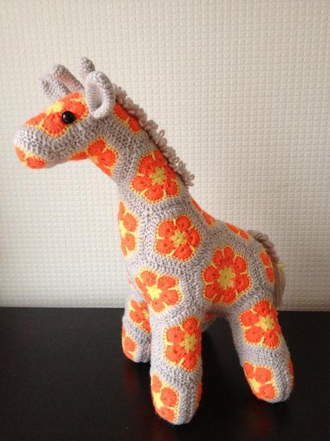 Жираф                                                                                                                                                                                 More