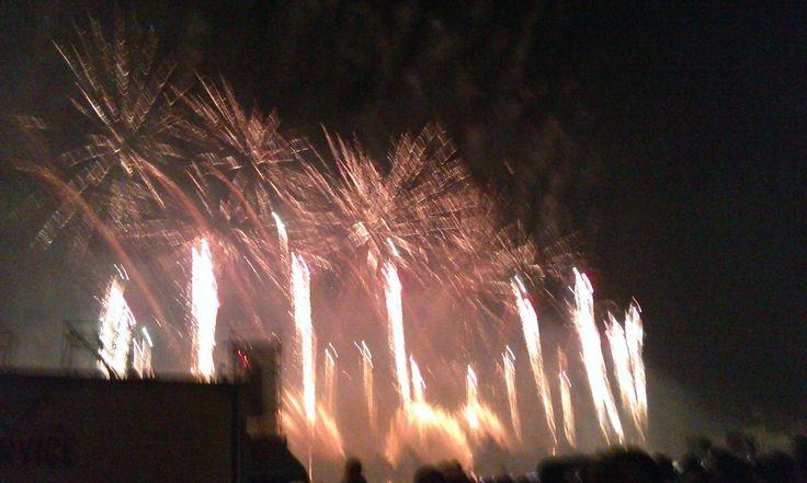 Fuochi d'artificio in Prato della Valle a ferragosto 2014 (1). #VivereArte #MichelaBusana
