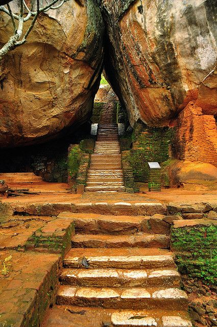 Stairway to Sigiriya Rock / Sri Lanka (by Gedsman). -