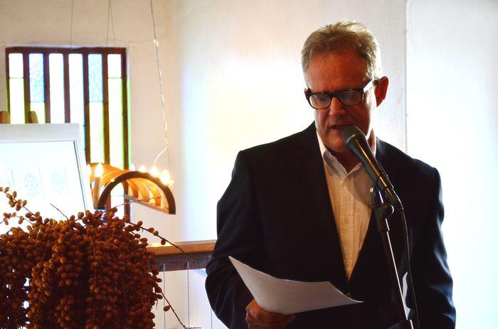 Opening by Coenie de Villiers Lize Beekman art exhibition Apr 2014 www.artlizebeekman.com
