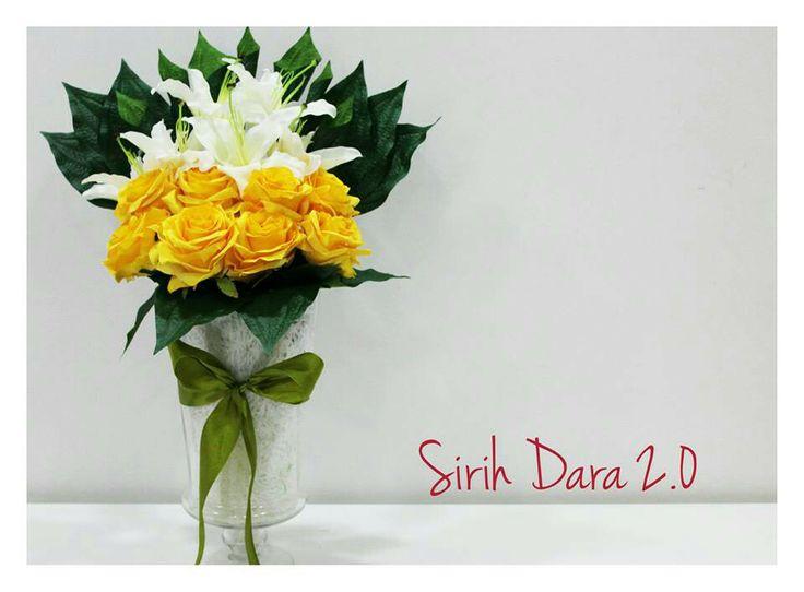 The other sireh dara/junjung arrangement.