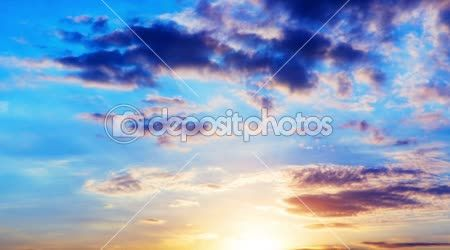 Beautiful sunset with clouds time lapse - Stock footage