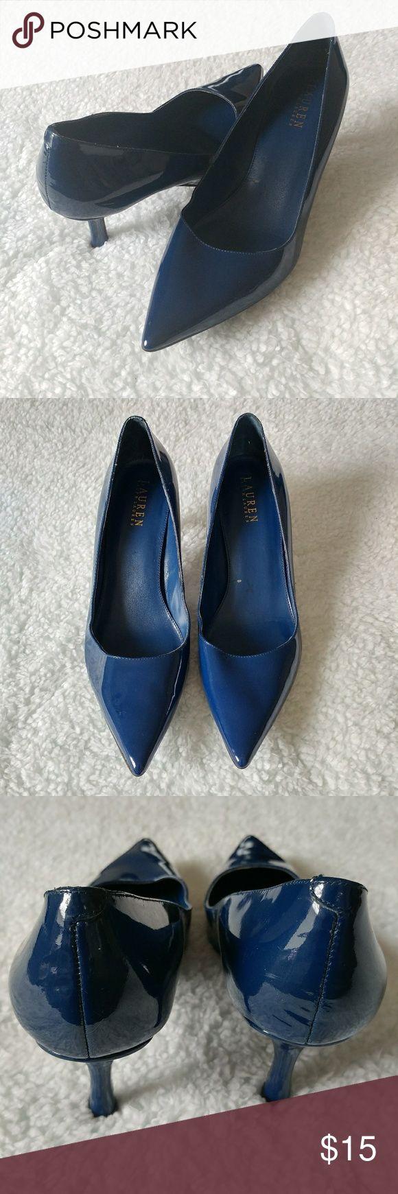 Lauren Ralph Lauren Blue Pointy Heels Lauren Ralph Lauren pointy heels. Has some scuff marks and some other imperfections - look at pictures for details Lauren Ralph Lauren Shoes Heels