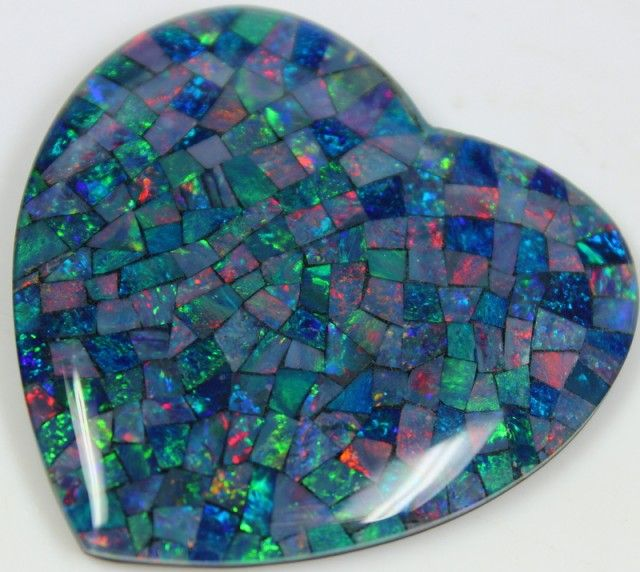 109.60 CTS TOP QUALITY HEART MOSAIC OPAL ELECTRIC COLOR PLAY C5483