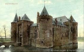 Een heel oud middeleeuws kasteel.