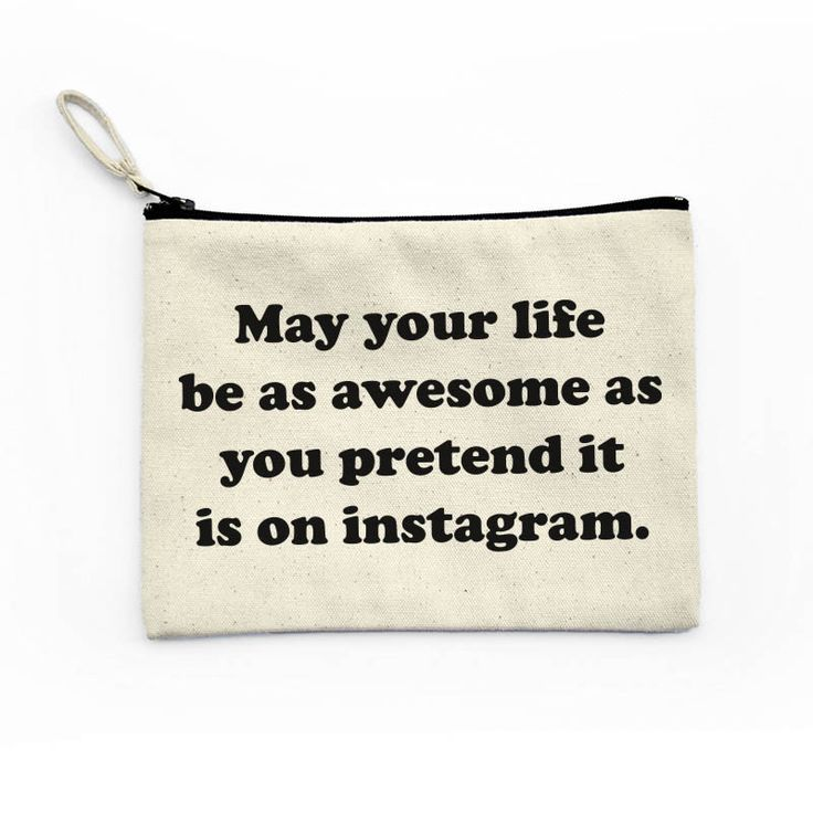 Fake it until you make it baby! Keep working for that flawless Instagram lifestyle. -Natural Canvas Fabric -Black Zipper closure -Inner Black Fabric Lining -Every bag is made to order MEASUREMENT: W:8