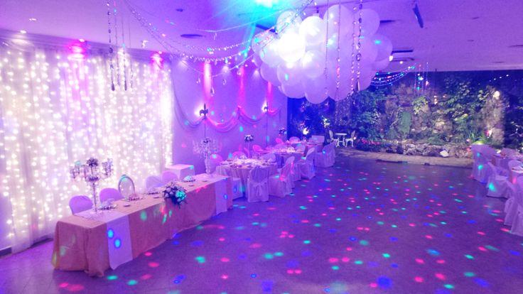 1000 images about decoracion salones de fiesta para bodas - Decoraciones de salon ...