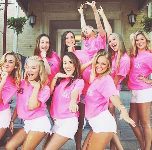 10 Reasons to Join a Sorority