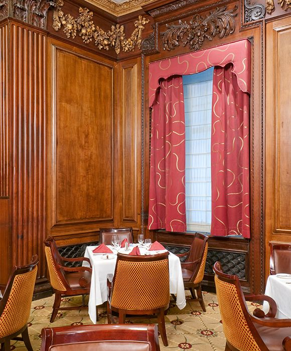 JFK proposed to Jacqueline Bouvier at Parker's Restaurant, Table 40, at Omni Parker House. Love to sit at this table, and have the infamous original Boston Cream Pie...