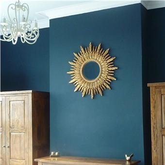 A bedroom in Hague Blue-Farrow and Ball