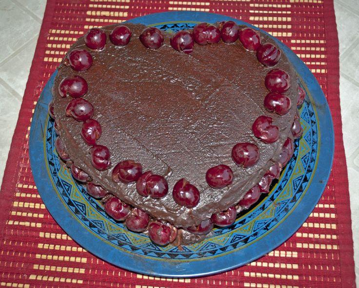 Giuditta nyami-nyami: Meggyes csokitorta