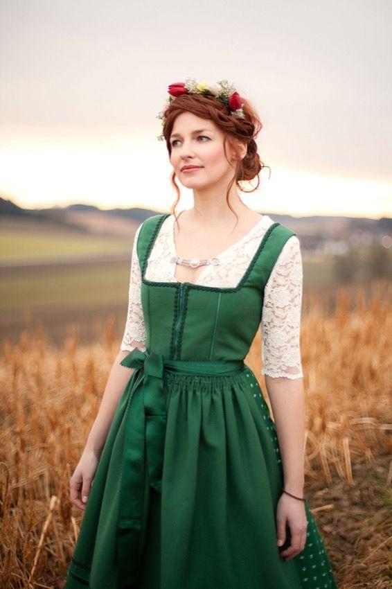 #Trachtenjacke Karina#Bluse Sylvia#Trachtenrock Katrin#Dirndl Claudia#Spitzenbluse Teresa - Vuigfui…