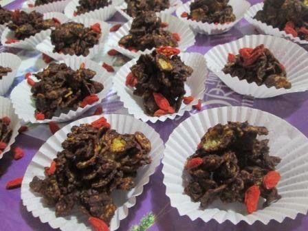 Cozinhando com a Yämmi: Nuvens Crocantes de Corn Flakes e Bagas Goji