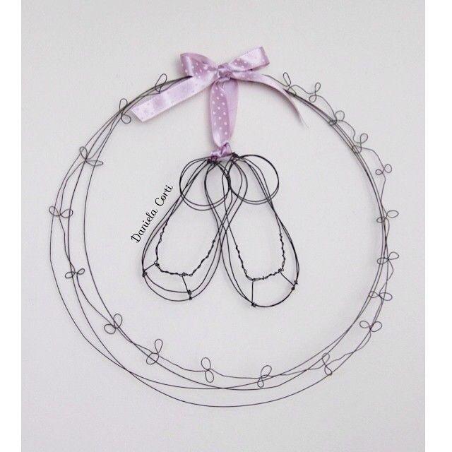My wire shoes for a baby girl Daniela Corti Fili di poesia