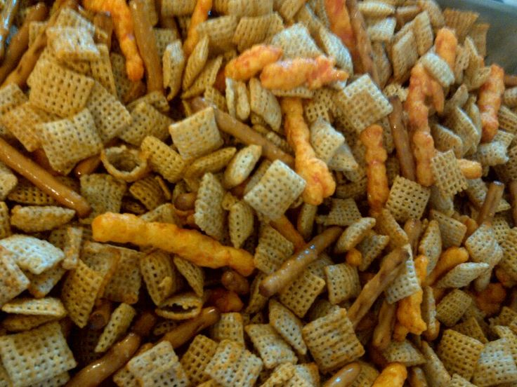 Oven baked Chex Mix with Cheetos    6 tablespoons butter 2 tablespoons Worcestershire sauce 1 1/2 teaspoons seasoned salt 3/4 teaspoon garlic powder 1/2 teaspoon onion powder 3 cups Corn Chex cereal 3 cups Rice Chex cereal 3 cups Wheat Chex cereal 1 cup mixed nuts 1 cup bite-size pretzels 1 cup bagel chips  Preheat oven to 250 degrees F. In an ungreased large roasting pan, melt butter in the oven. Stir in Worcestershire sauce, seasoned salt, garlic powder, and onion powder. Stir in chex…