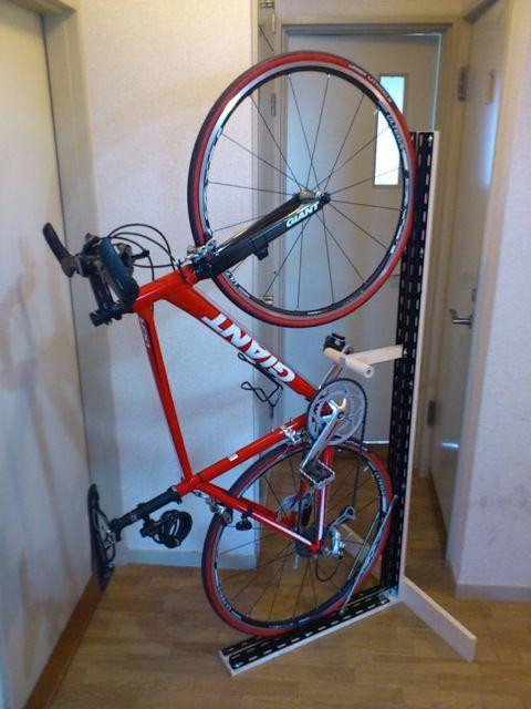 genius. diy bike stand that won't damage apartment walls.