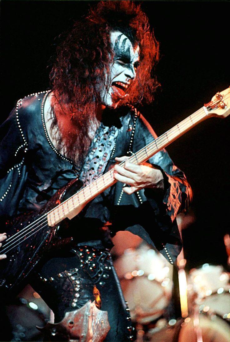 Kiss band  Wikipedia