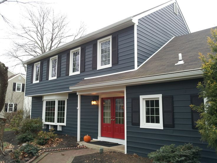 The 25 best blue vinyl siding ideas on pinterest vinyl for Vinyl siding colors on houses