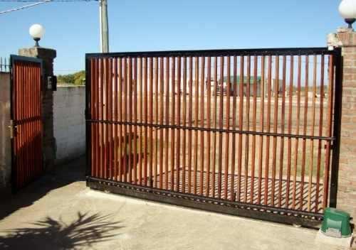 1000 ideas about portones corredizos on pinterest for Puertas y portones de madera