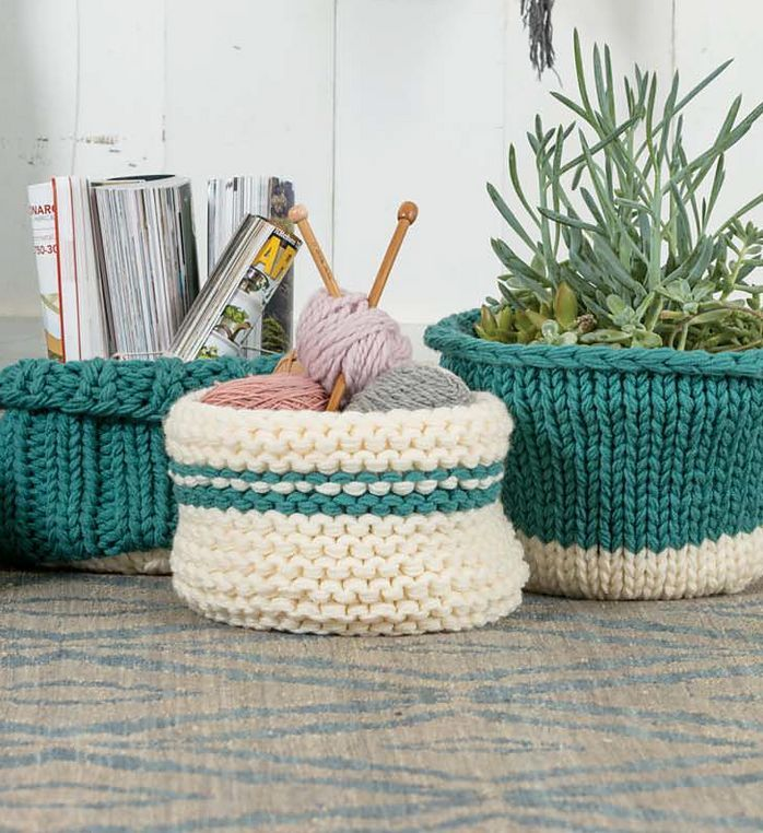 """Knitting Pattern for Easy Chunky Knit Baskets - Knit in the round using multiple strands of yarn. Options for three styles of basket; stockinette, garter, and ribbed. 10""""-11"""" diameter x 6""""-8"""" tall. #ad One of the 20 patterns in Quick + Easy Knits - avail"""