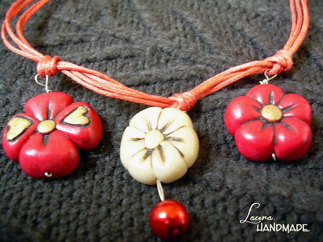 Flower power necklace | Flickr – Condivisione di foto!