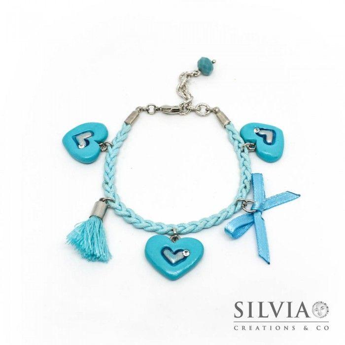 Bracciale a treccia con tre cuori azzurri e argento