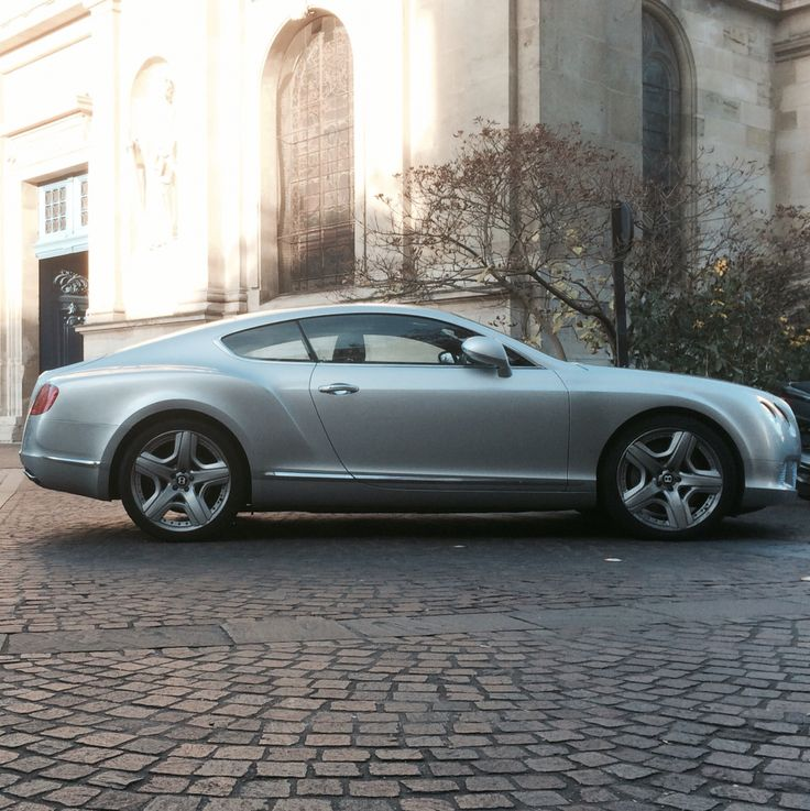 wikipedia who makes wiki automobiles flying continental bentley spur