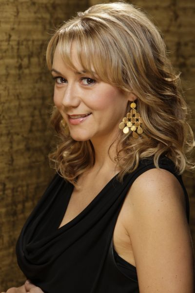 Megyn Price.  She has my ultimate perfect hairstyle.