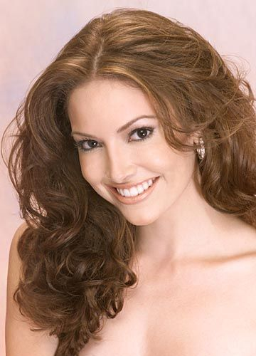 Denise Quiñones - is a Puerto Rican actress and beauty pageant titleholder who was the fourth woman from her country to win the Miss Universe contest in 2001.