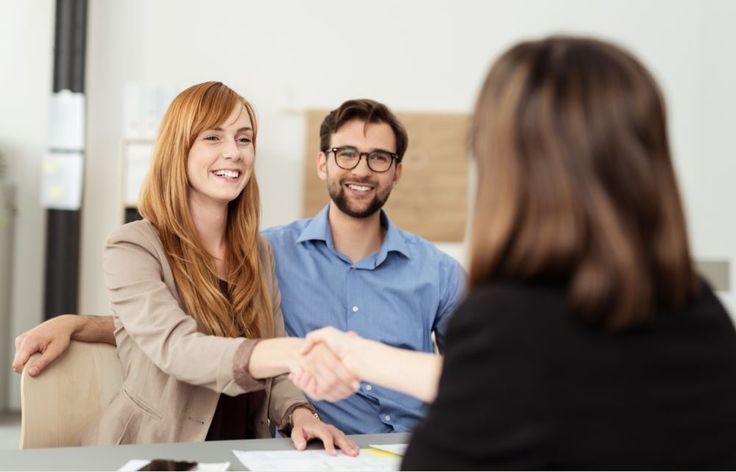 La mayor parte de los gestores de negocio tienen claro buscar la satisfacción del cliente desde el primer contacto, ¿sabes cómo hacerlo? Descubre la experiencia de cliente como el motor de la innovación empresarial aquí: