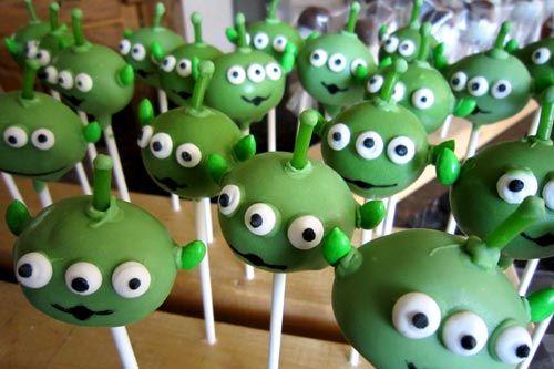 Alien cake popsHalloween Cake Pop, Kids Parties, Birthday Parties, Toys Stories Cake, 3Rd Birthday, Parties Ideas, Aliens Cake, Toys Stories Birthday, Toys Stories Parties