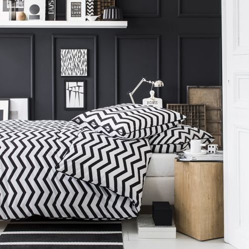 1000 ideas about housse de couette noir on pinterest couette noir couvre lit noir and. Black Bedroom Furniture Sets. Home Design Ideas