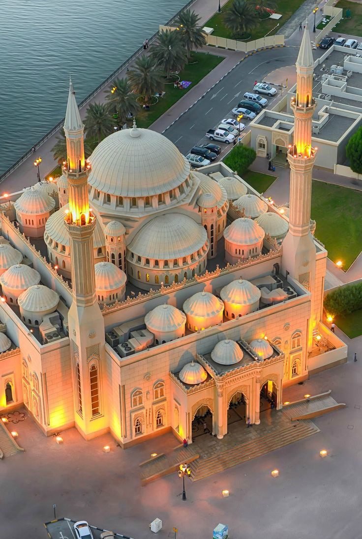 Noor Mosque, Sharjah, (UAE)