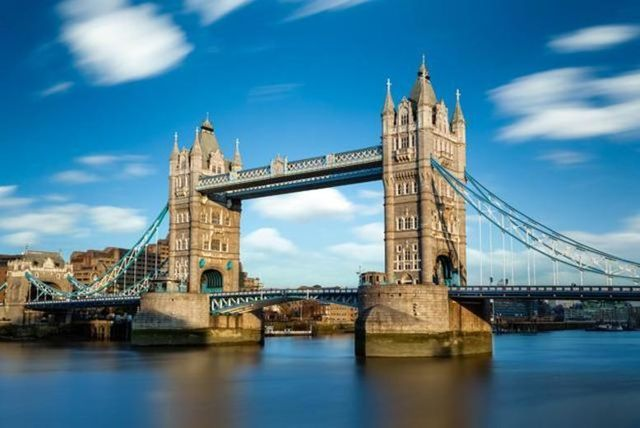 Full-Day Hop-On Hop-Off Thames Cruise Ticket