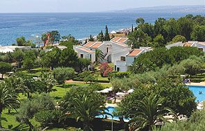 Séjour Sicile tout compris pas cher au Naxos Beach Resort prix promo Donatello à partir de 842,00 € TTC