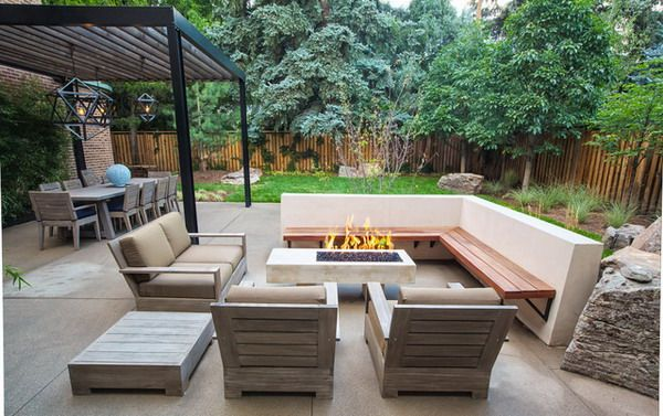 Modern patio with corner patio bench and wooden sofa for Outside patio design ideas