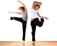 1 Jam Berhip-hop Aerobic, 500 Kalori Berlebih yang Terbuang!