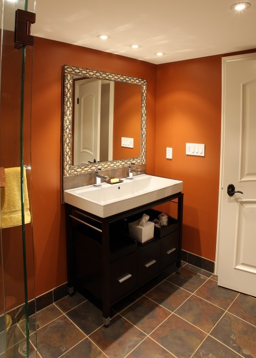Best 25 orange bathroom decor ideas on pinterest burnt for Second bathroom ideas