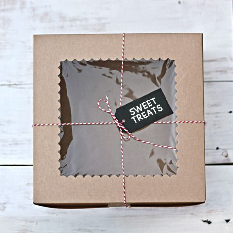I'm a sucker for packaging. I'm sure I can find a use for a gorgeous box like this! I have to say that everything over at Little Ink is lovely - take a look if you're also into pretty packaging and craft supplies.