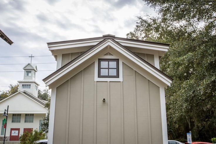 25 best tiny houses in the media images on pinterest for Low country tiny house show