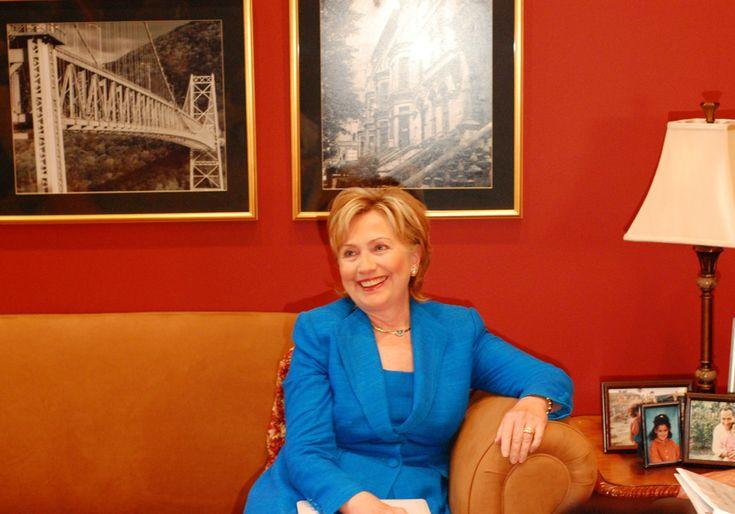 Hillary Clinton Calls Education A 'Non-Family Enterprise,' Praises Common Core