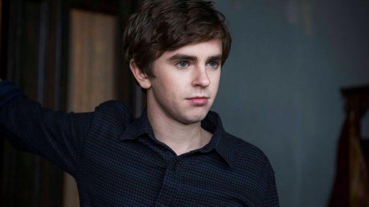 Bates Motel' Season 3 awakens Norman Bates' sexual side - Zap2it ...